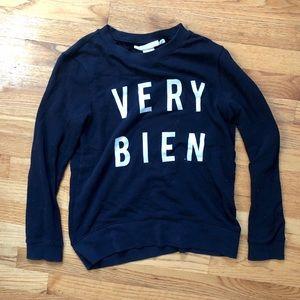 "H&M ""very bien"" sweater"